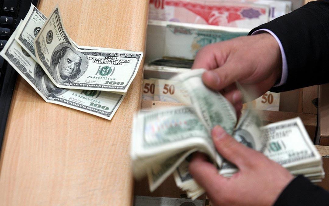 Dólar a la venta en 18.10 pesos