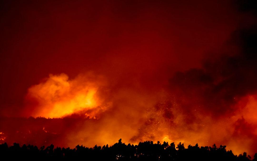 Siguen incendios en Francia y Portugal