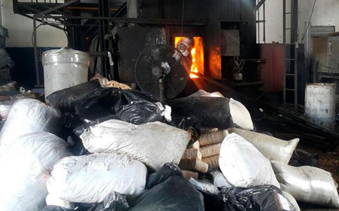 Incinera PGR casi tres toneladas de droga