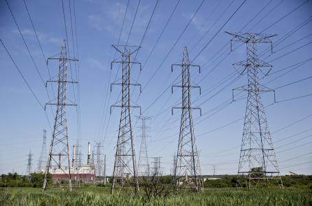 Cable eléctrico cruzará frontera norte